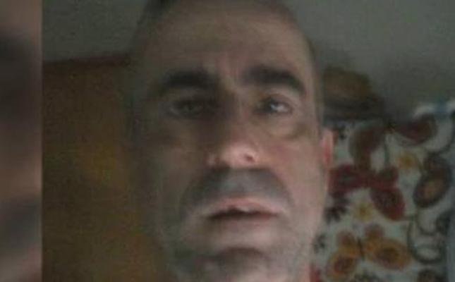 «Quiero conocer chicas para lo que surja». Así se presentaba en redes sociales el acusado de matar a su pareja de 30 puñaladas