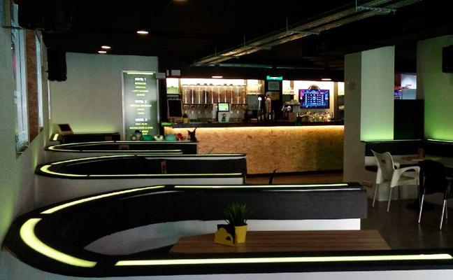 El bar 2.0 llega a Bilbao: pintxos, copas y videojuegos