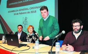 La Cofradía aumenta en 20.000 euros unos ingresos anuales que reinvierte en la fiesta