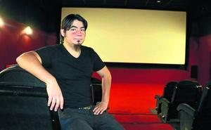 «Ausardia behar da halako film bat egiteko fantasiazko zinema industriarik ez duen herrialde batean»