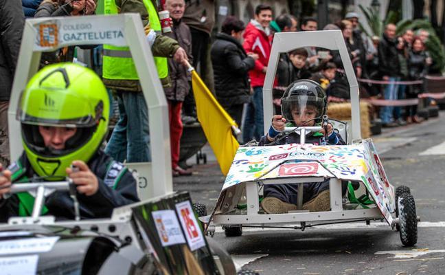 La Fórmula 1 para niños y a pilas toma el centro de Bilbao