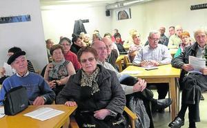 Los pensionistas completan tres autobuses para la manifestación de Donostia del próximo día 22