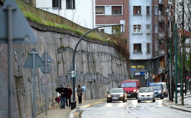El Ayuntamiento de Bilbao sustituirá por seguridad 36 árboles en Juan de Garay