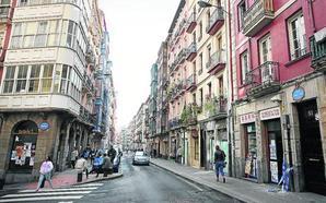 Vecinos denuncian un 'narcopiso' con okupas en San Francisco
