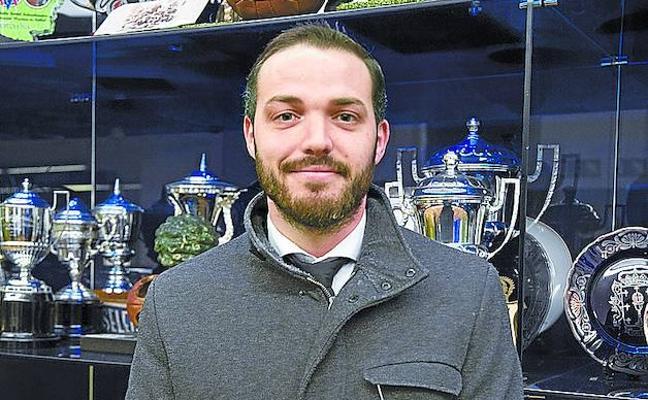 El árbitro de la polémica: «Sólo pido con educación que no me hablen en euskera porque no lo entiendo»
