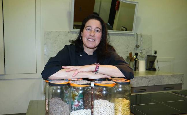 Edurne Albaina «Los niños acaban limpiando anchoas»