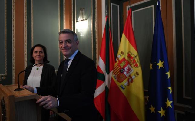 La Guardia Civil incautó el año pasado 8.000 kilos de droga en Euskadi, 7.000 más que en 2016