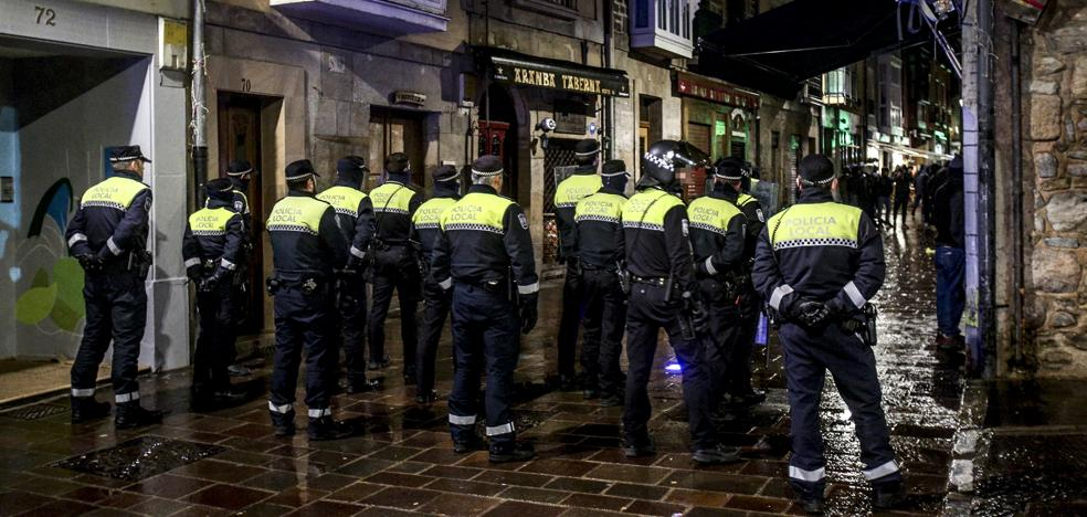 Ultras del Spartak alojados en Vitoria provocan incidentes en el Casco Viejo