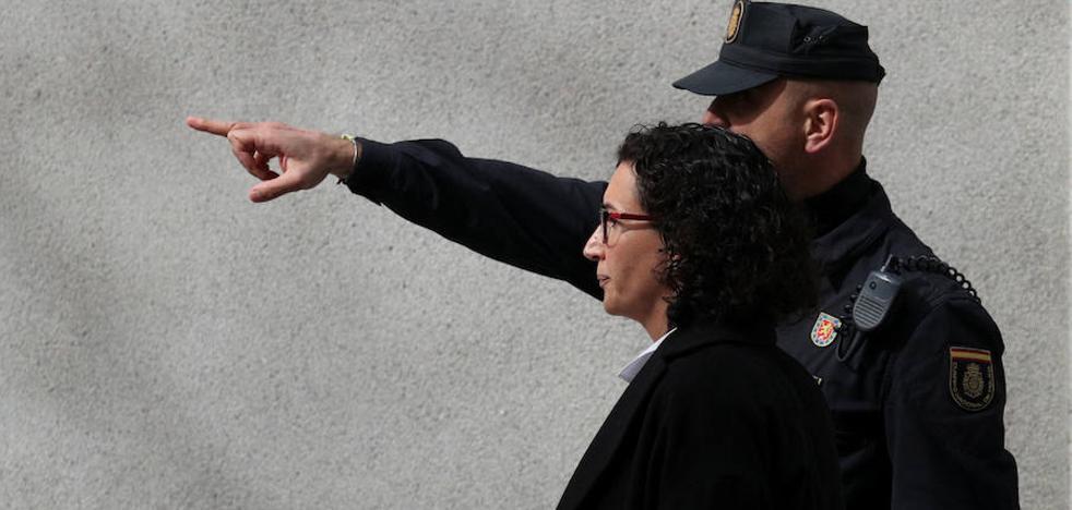 Rovira revela al juez que pidió a Puigdemont suspender el 1-O y que el expresident se negó