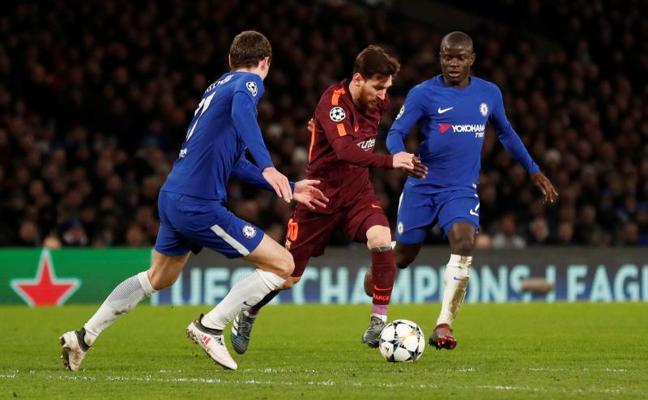 Messi saca vivo al Barça de la ratonera londinense