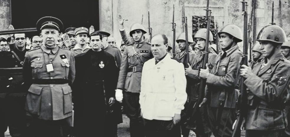 Vitoria retira los títulos honoríficos a dos militares por su relación con el franquismo