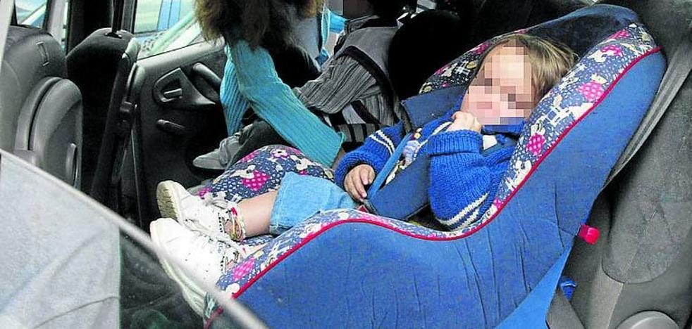 Noventa menores de 12 años han muerto en la última década en las carreteras españolas