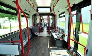 La oposición fuerza a que se estudie la posibilidad de extender el bus eléctrico a Zabalgana