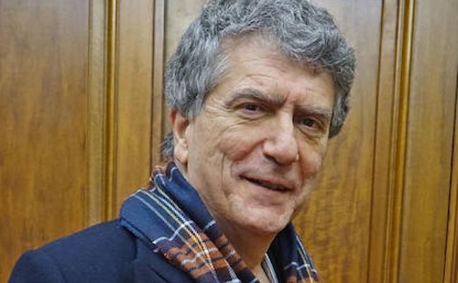 Miriam Urkia eta Roberto González de Viñaspre euskaltzain oso izendatu ditu Euskaltzaindiak