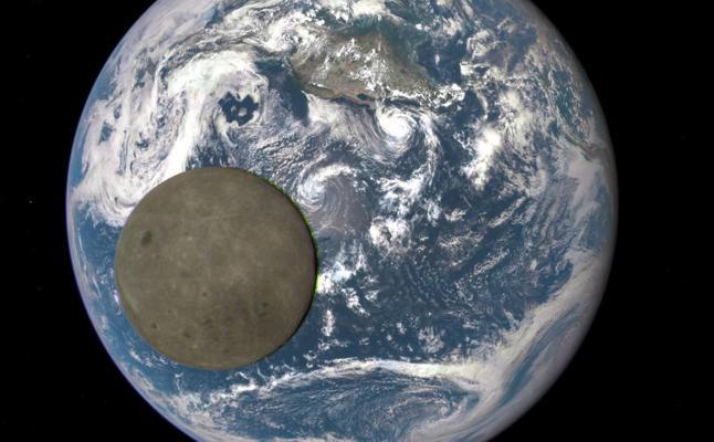 Hay agua en la Luna a cualquier hora y en cualquier latitud