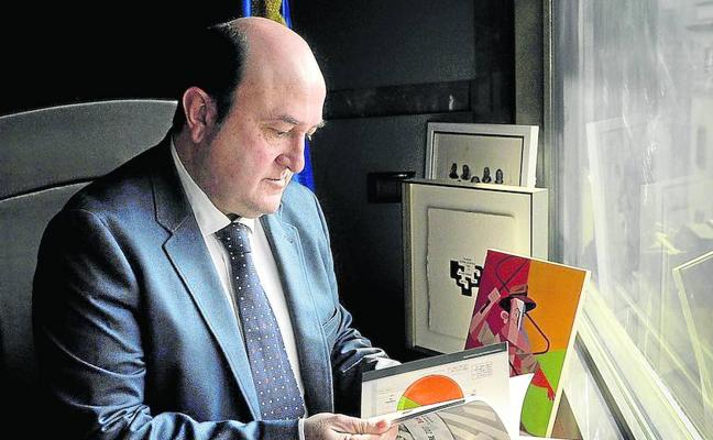 «El PNV no votó la Constitución, pero ahora vemos mejor que otros sus potencialidades»