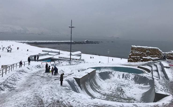 Tus fotos de la nevada de Bizkaia (Margen Derecha)