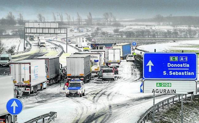 ¿Ha habido en Álava falta de previsión ante la nevada?