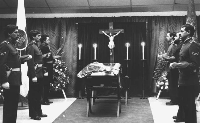 Interior ordenó investigar el asesinato de Arcocha en 1985 a dos ertzainas que eran topos de ETA