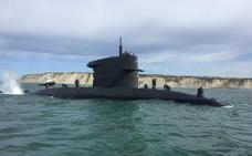 ¿Qué hace un submarino espía en aguas del Puerto de Bilbao?