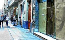 El Ensanche y el Casco Viejo de Vitoria concentran 343 locales vacíos