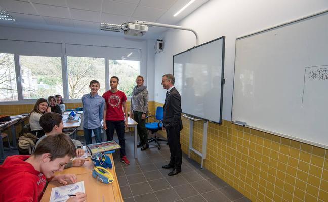 Güeñes inaugura su nuevo edificio de Secundaria con 186 estudiantes