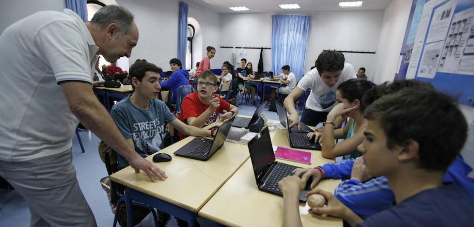 El Parlamento vasco pide que los jóvenes alcancen el B2 de euskera al acabar la ESO