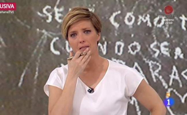 María Casado rompe a llorar en directo tras entrevistar a los padres de Gabriel