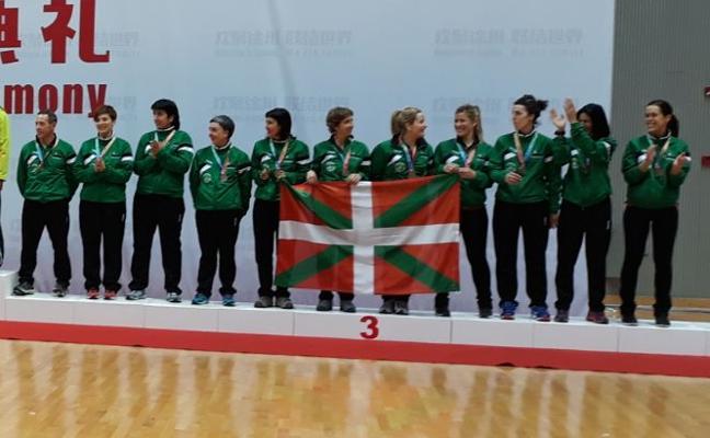 Badaiotz suma su segundo bronce mundial en sokatira para Basque Country