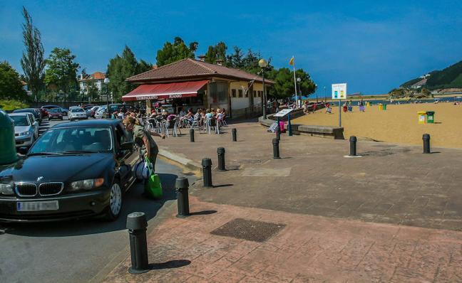 Busturia cerrará el acceso rodado a la playa de San Antonio en verano