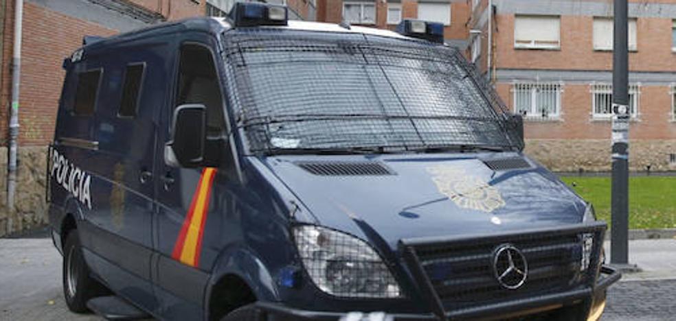 Dos detenidos en Bilbao por pertenecer a una red de tráfico de ciudadanos chinos