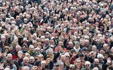 Rajoy mueve ficha con los pensionistas