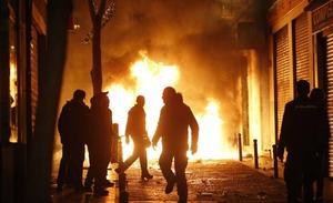 Disturbios y saqueos tras la muerte de un senegalés en el barrio madrileño de Lavapiés