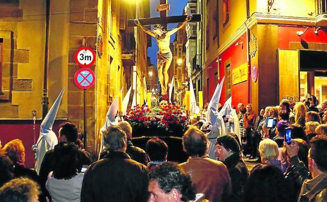 Vitoria reinventa su Semana Santa