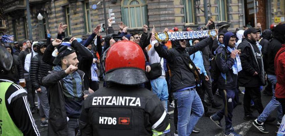 El Parlamento vasco pide mejorar la Brigada Móvil para evitar disturbios como los del Spartak y Olympique