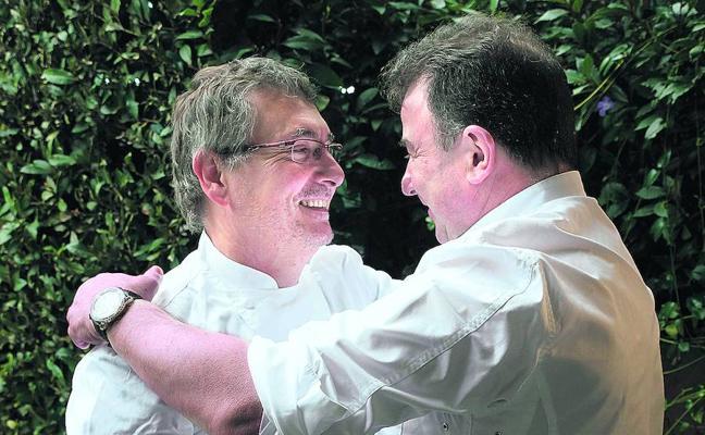 Aduriz y Berasategui firman la paz