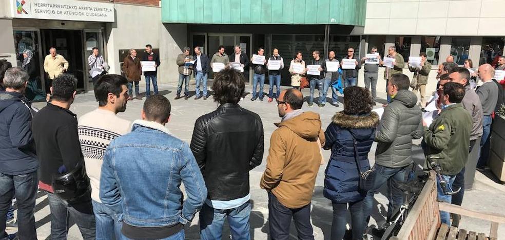 «El problema no es solo nuestro», clama la Policía Local de Barakaldo