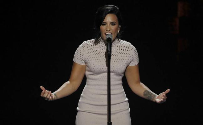 Demi Lovato cumple 6 años sin probar alcohol
