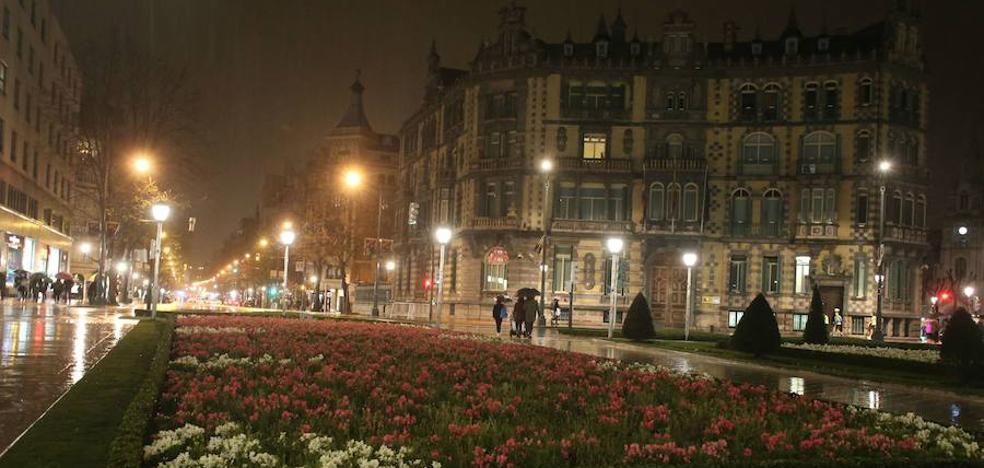 Edificios emblemáticos de Bizkaia apagarán sus luces mañana por el cambio climático