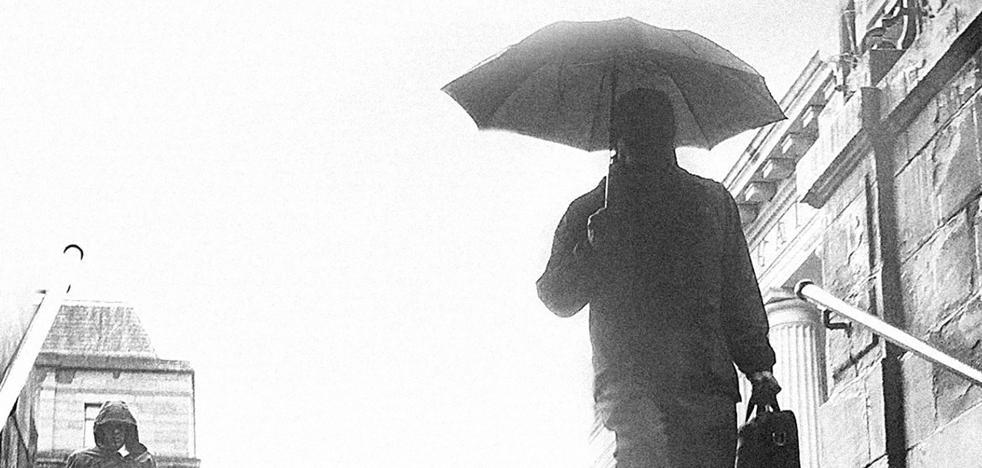 'La ciudad de la lluvia' de Alfonso del Río