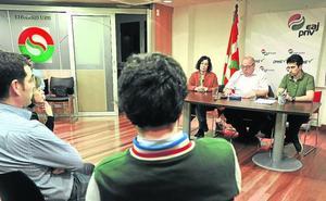 Las bases del PNV renuevan los cargos para «moderar la relación» con el PSE