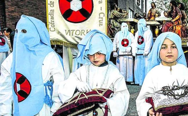 Las procesiones de Vitoria recuperan este año sus recorridos tradicionales