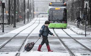 La primavera llega hoy a Álava envuelta en nieve y frías temperaturas