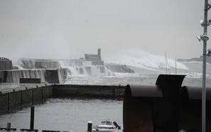 La ciclogénesis explosiva 'Hugo' dará la bienvenida a la Semana Santa en Euskadi con vientos huracanados