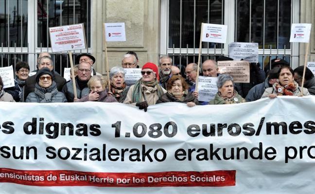El PNV considera «inasumible» que el Gobierno vasco eleve las pensiones mínimas a 1.080 euros