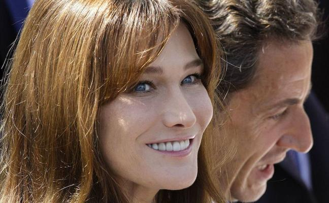 Carla Bruni, orgullosa de Sarkozy
