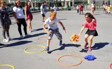 La igualdad llega a los patios de colegio: ¿es el fin del fútbol en los recreos?