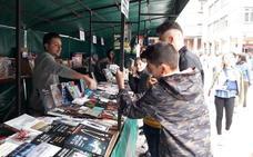 Buscan voluntarios para el mercadillo literario de Etxebarri