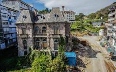 Alertan del riesgo de derrumbe del Palacio Larrinaga de Mundaka por la construcción de un parking subterráneo