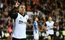 Un gol de Rodrigo coloca al Valencia tercero